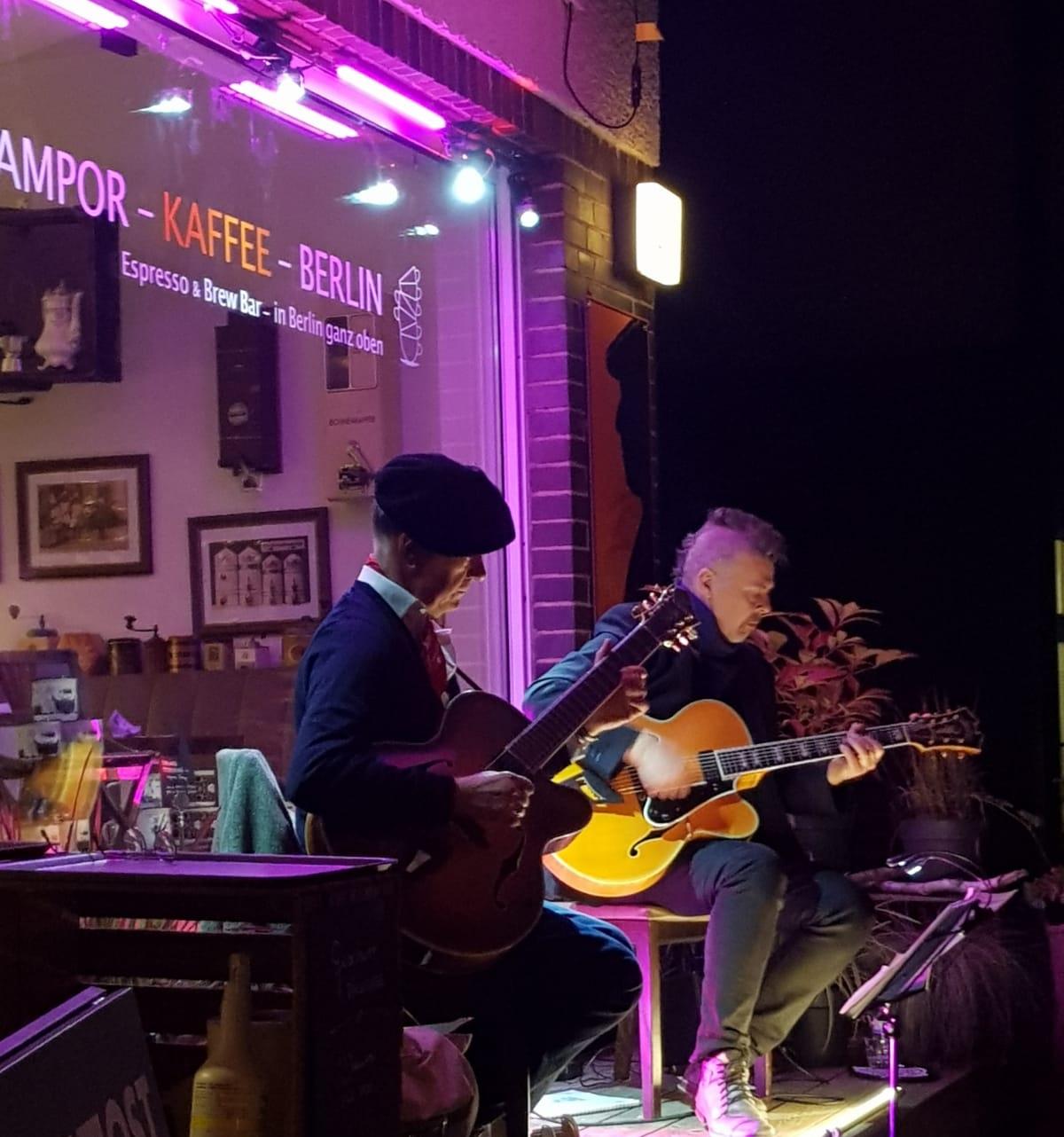 Gitarresque auf der SAMPOR-KAFFEE-BERLIN - Live in Heiligensee