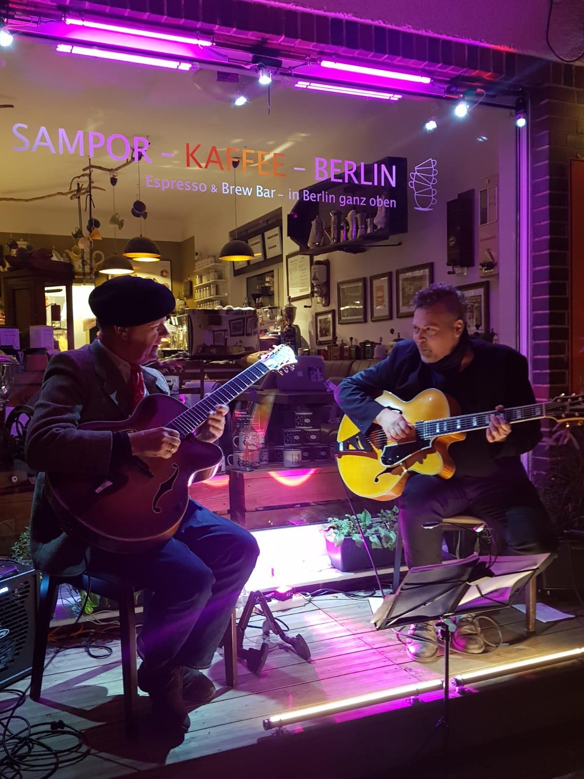 Gitarresque auf der SAMPOR-KAFFEE-BERLIN - Konzert