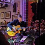 Gitarresque auf der SAMPOR-KAFFEE-BERLIN - Malibu Gordes